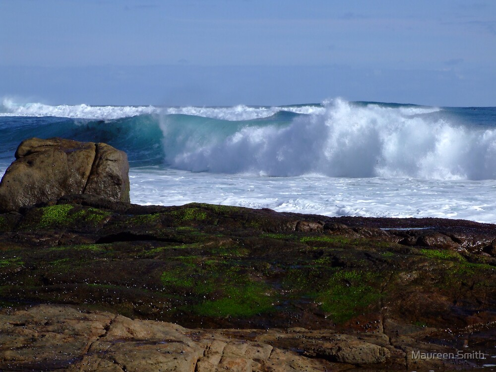 Margaret River Wave by Maureen Smith