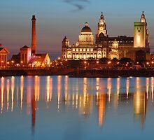 Albert Dock at night - Liverpool by Manuel Gonçalves