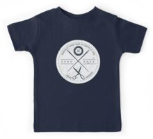 Funny sewing seamstress French danger scissors Kids Tee