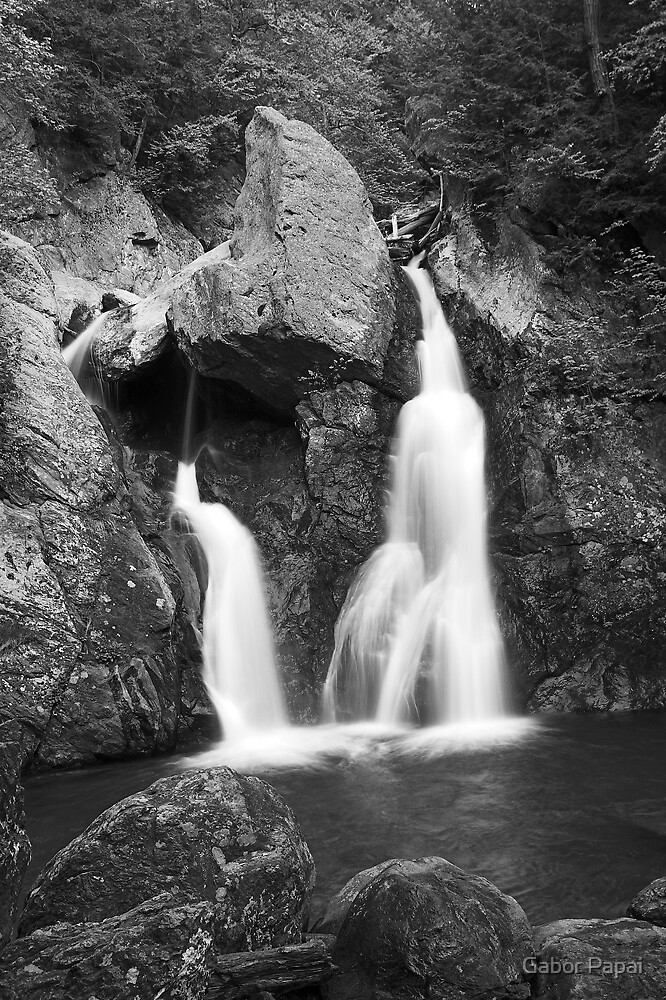 Upstate waterfall view 2. by Gabor Papai