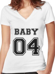 Numbered FAMILY : BABY 04 BLACK Women's Fitted V-Neck T-Shirt