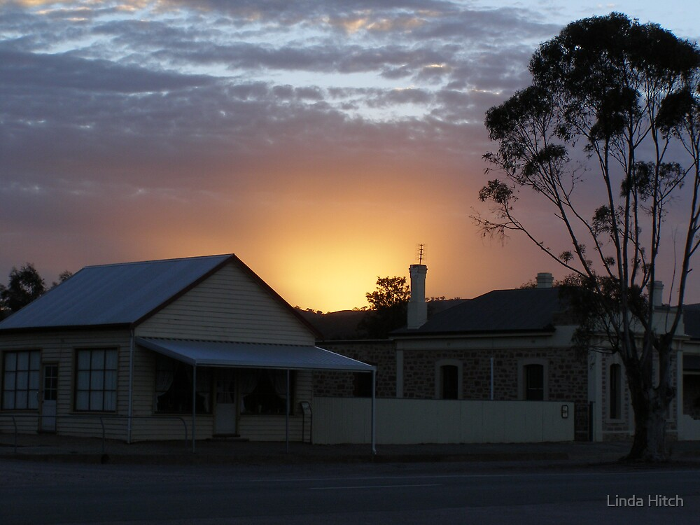 dusty sunset by Linda Hitch