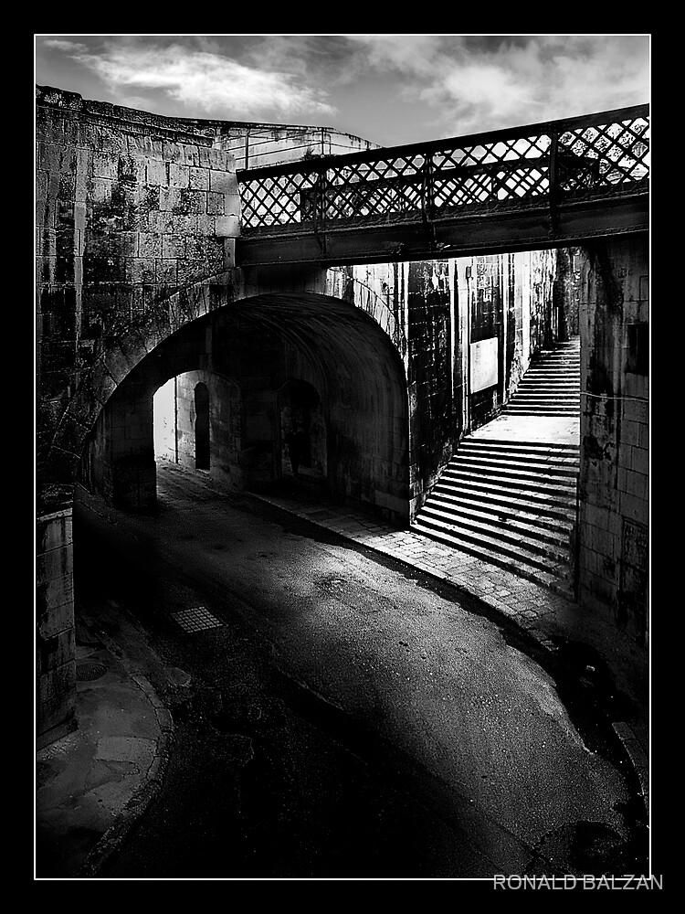 VICTORIA GATE by RONALD BALZAN