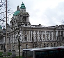 CITY HALL ,BELFAST by maggibash