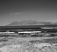 Table Top Mountain by HelenBanham