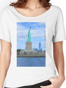 The Statue of Liberty and the World Trade Center Women's Relaxed Fit T-Shirt