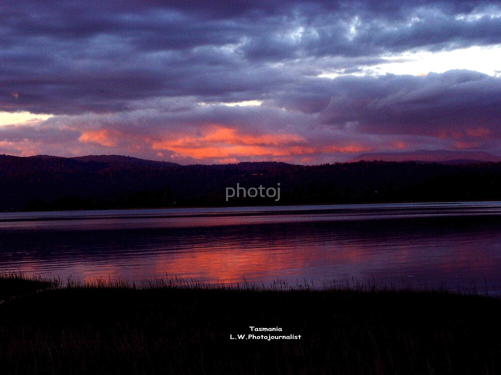 Tasmania Sunset On The Tamar River Launceston by photoj