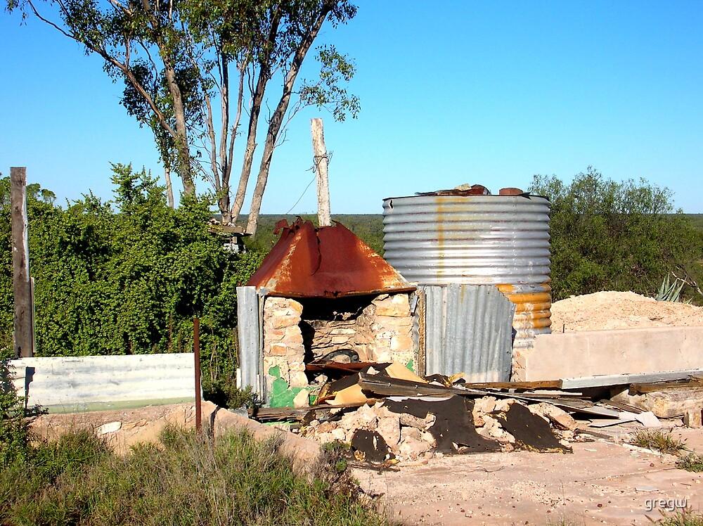 Abandoned Camp, Lightning Ridge, NSW Australia by gregw