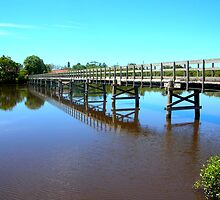 Brunswick Footbridge, Brunswick Heads NSW Australia by gregw