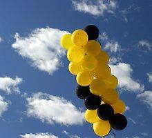 Yellow Black Ballons by Henrik Lehnerer