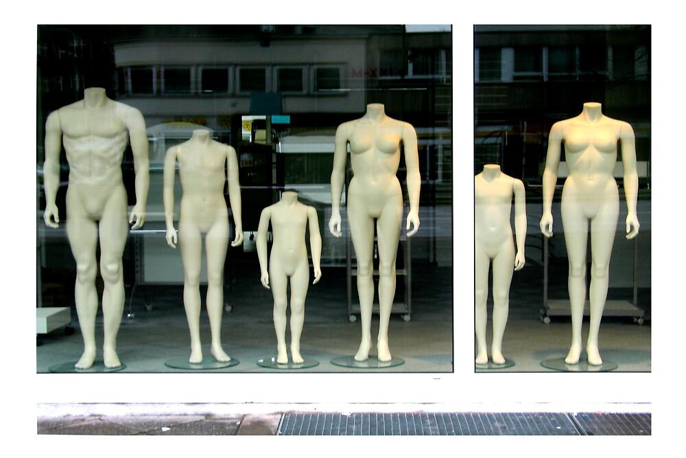 Headless in Charlottenburg by micnoz