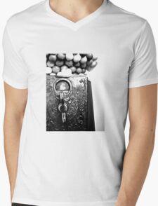 Penny Slots Mens V-Neck T-Shirt