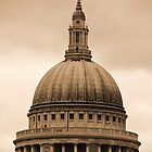 St Paul's by HelenBanham