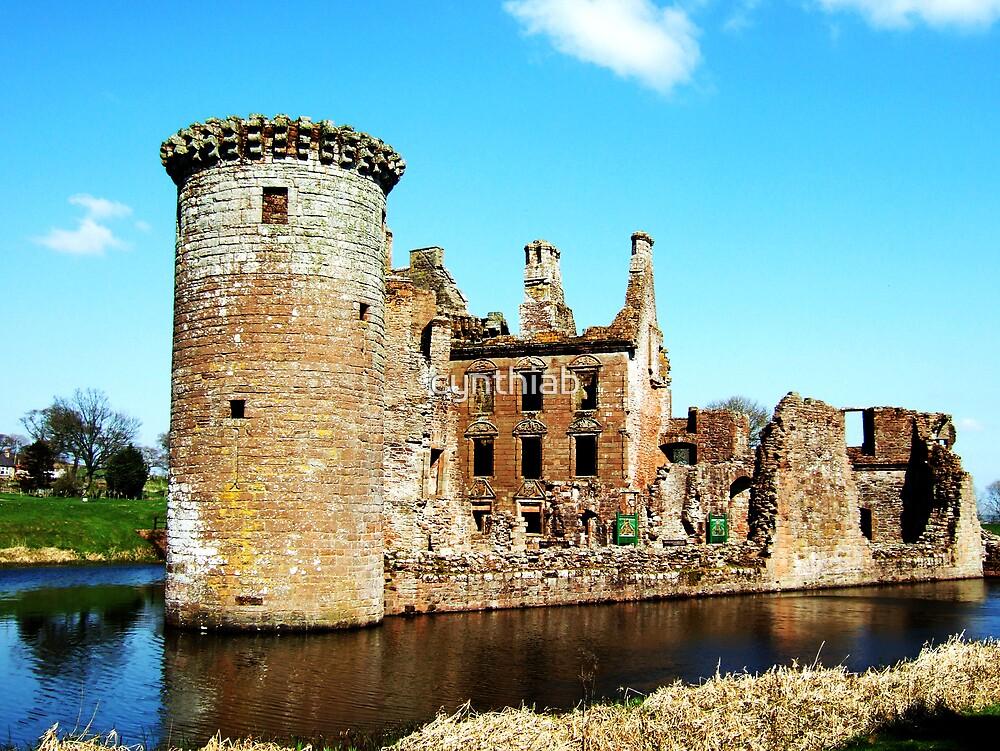 Caerlaverock castle by cynthiab