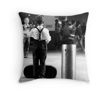 Playing for everyone and no-one Throw Pillow