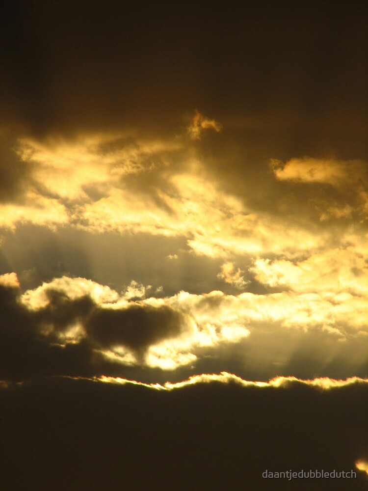 sunrays in a sunset... by daantjedubbledutch