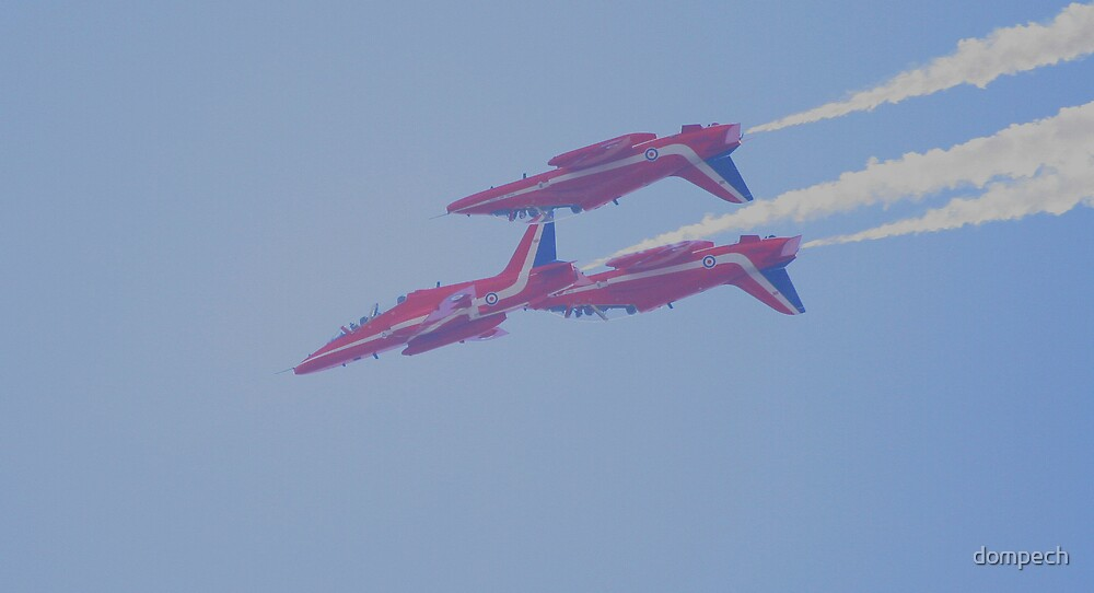 red arrows threesome by dompech