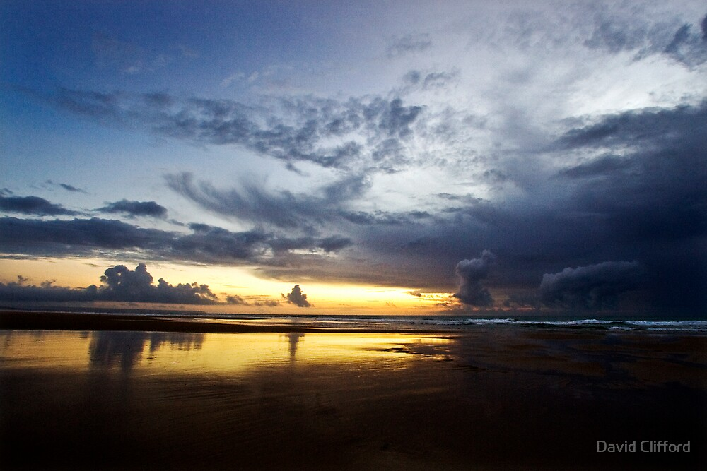 caparica sky by David Clifford
