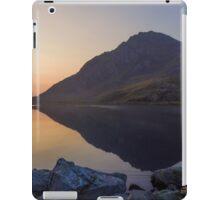 Tryfan at Dawn iPad Case/Skin