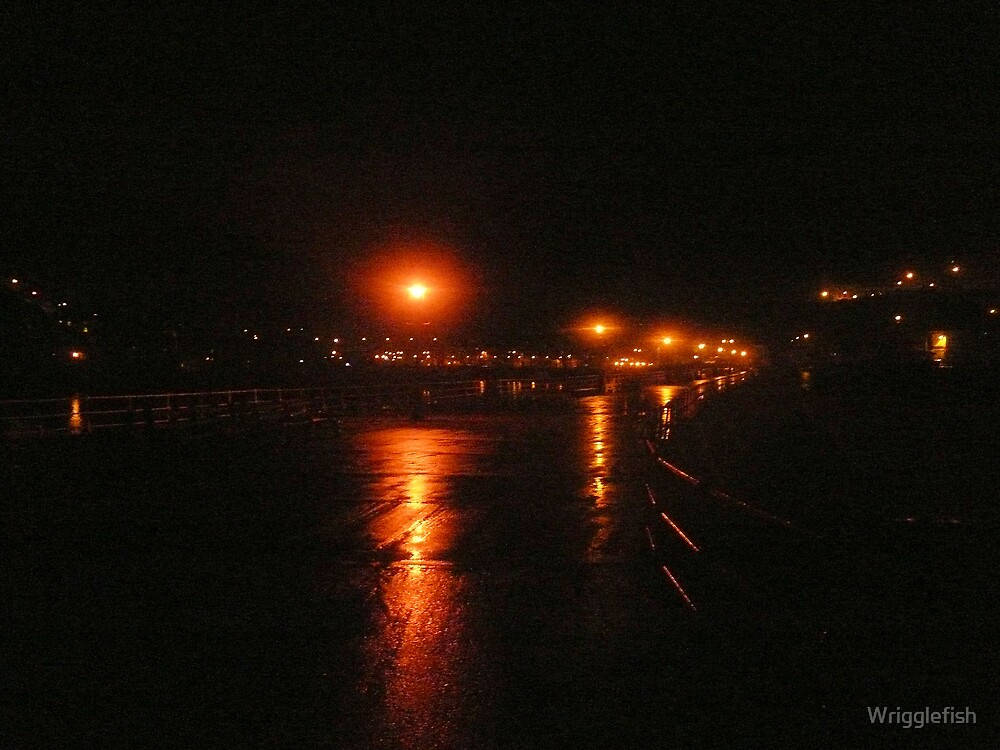 Night on Whitby Pier by Wrigglefish
