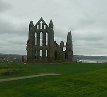 whitby abbey by Wrigglefish
