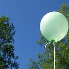 Green balloon by Alexandra Strömgren