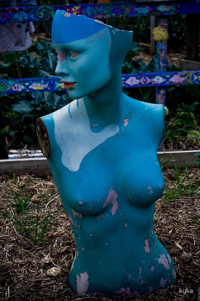 Feeling blue by kyka