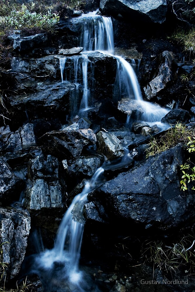 Delicate Falls by Gustav Nordlund