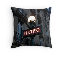 métro in the blue hour Throw Pillow