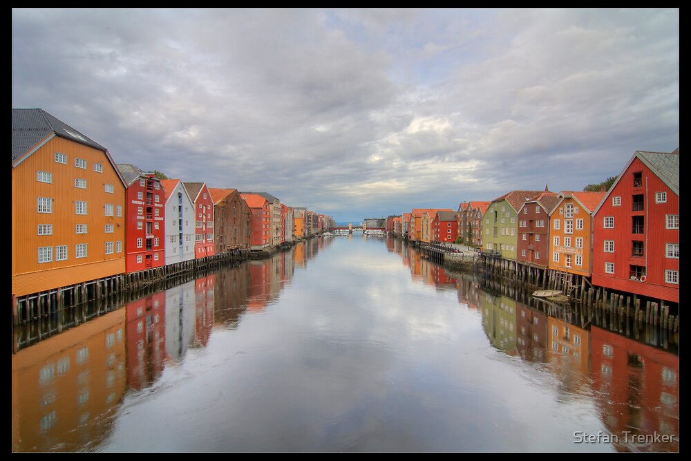 Trondheim - Nidelva by Stefan Trenker