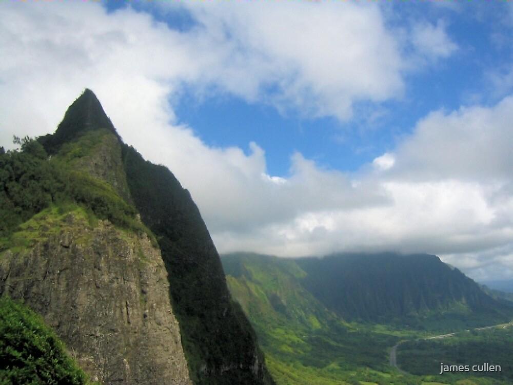 MOUNTAIN PEAK II by james cullen