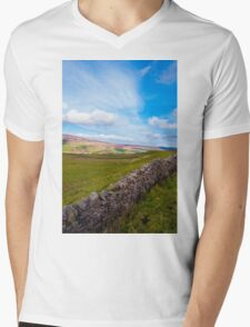 Green Countryside landscape in Yorkshire Dales National Park, United Kingdom Mens V-Neck T-Shirt