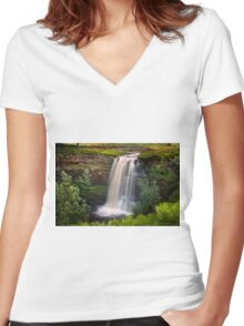 Hell gill force yorkshire Women's Fitted V-Neck T-Shirt