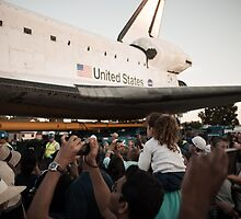 Space Shuttle Endeavour by Andrew Gregor