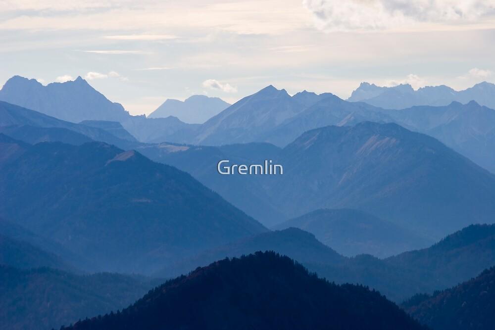 blue mountains by Claudia Reitmeier