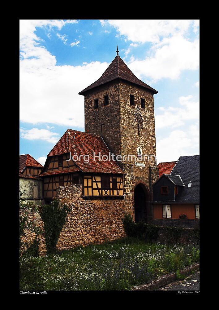 Dambach - gate house by Jörg Holtermann