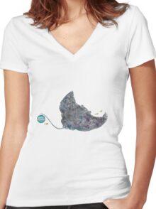 Nemos Loves Manta Rays Women's Fitted V-Neck T-Shirt