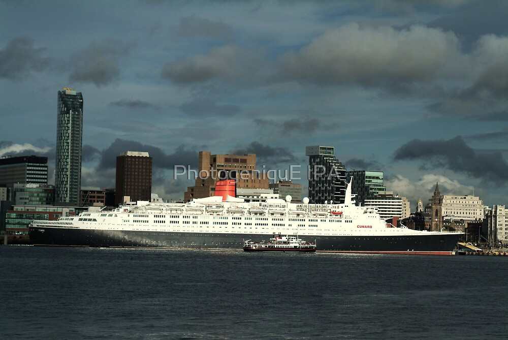 The QE2 VISITS LIVERPOOL FOR THE LAST TIME-1 by PhotogeniquE IPA