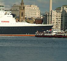 The QE2 VISITS LIVERPOOL FOR THE LAST TIME-4 by PhotogeniquE IPA