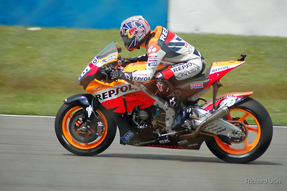 Danny Pedrosa (Through the wire) 2007 by Richard Utin