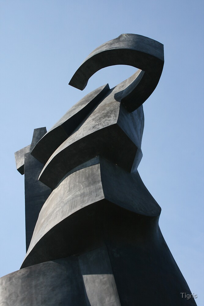 Statue by Tigris