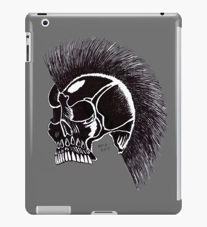 BLACK MOHAWK SKULL iPad Case/Skin