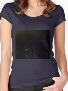 Black cat on a rainy night Women's Fitted Scoop T-Shirt