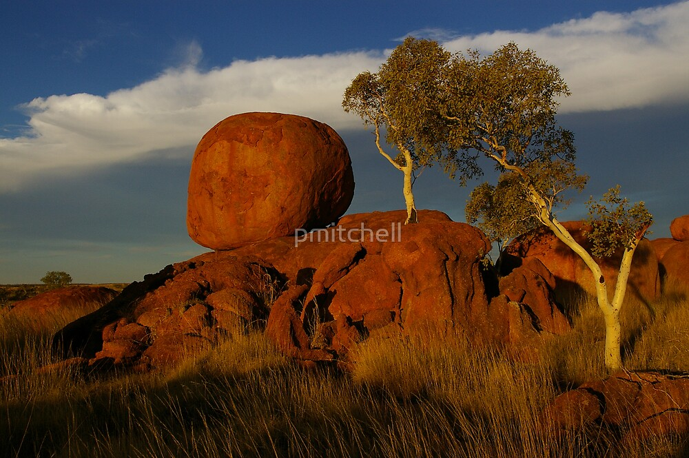 Devil's Marbles, Northern Territory by pmitchell