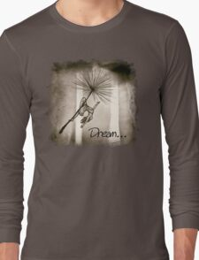 Dreaming of a wish... Long Sleeve T-Shirt