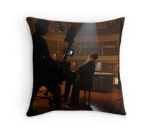 Patriazô Throw Pillow