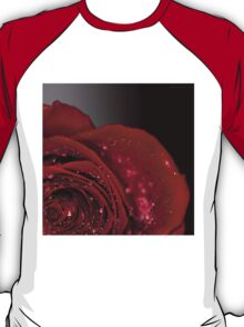 Red Rose macro 2 T-Shirt