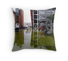 Fontaine des Automates III Throw Pillow