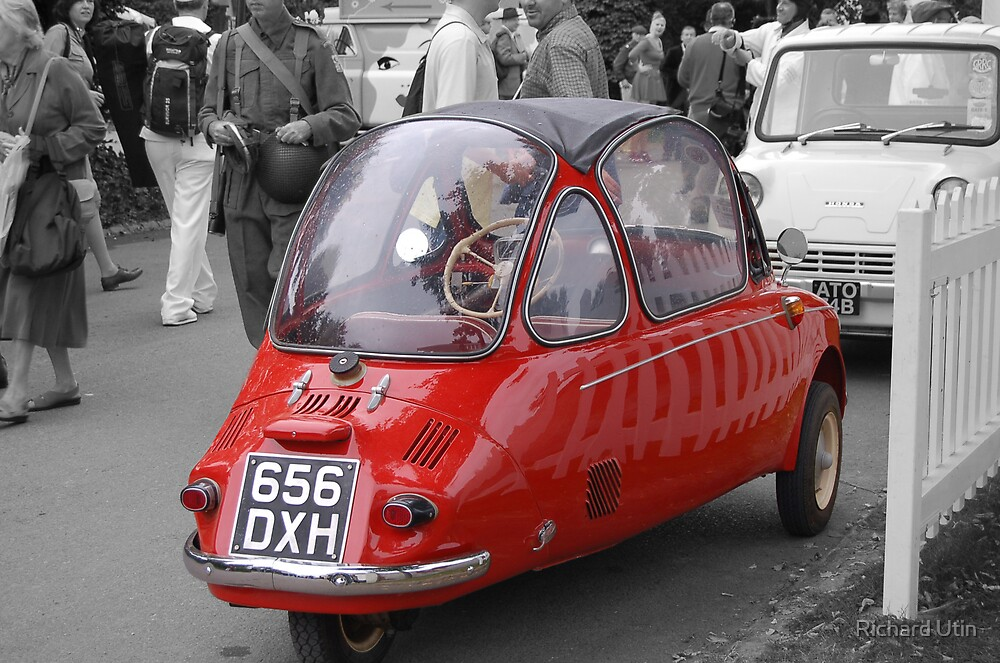 Red bubble bubble car! by Richard Utin