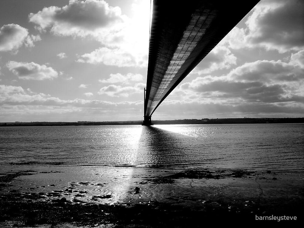 Humber Bridge by barnsleysteve